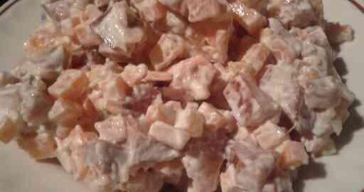 салат из моркови и рыбы рецепт