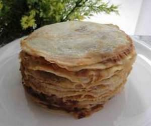 Блинчатый пирог с грибами