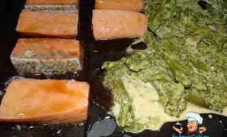 Красная рыба в маринаде из соевого соуса