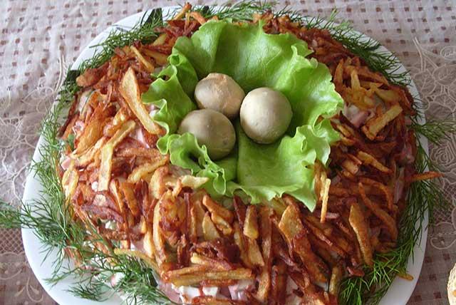 Как приготовить гнездо глухаря салат рецепт с пошагово